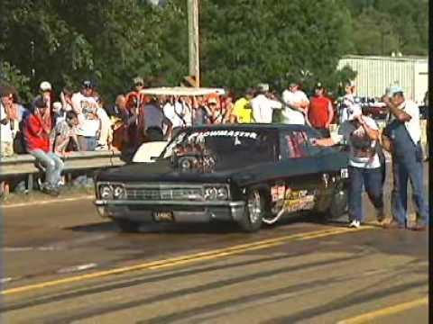 Larry Price Burn out in '66 Chevy Caprice, Burnout.