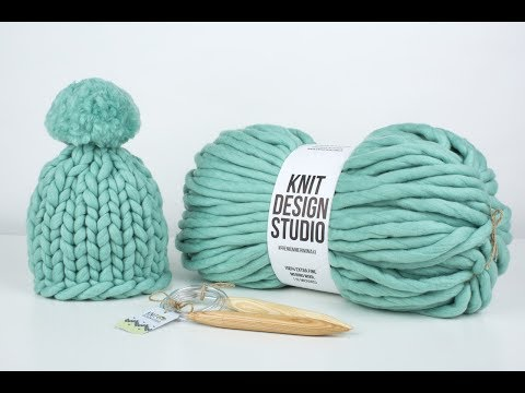 Вязание спицами шапки из толстых ниток