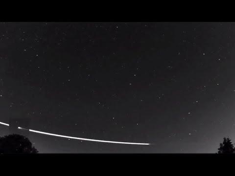 Earthgrazer Meteoroid Seen Bouncing Off Earth's Atmosphere