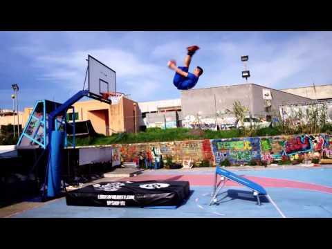 Najbolja Kosarkaska Freestyle Zakucavanja-Gospodari Gravitacije HD