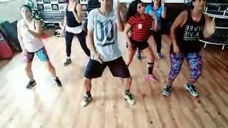 Baixar Tudo Ok - Thiaguinho MT feat Mila e JS Mão de ouro (coreografia)