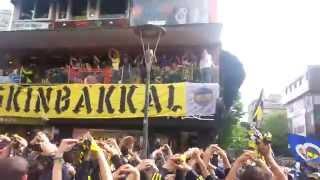 Fenerbahçe Şampiyonluk Kutlamaları 2014 - Kadıköy / Bağdat Caddesi - A.nlayan A.nlar 6s
