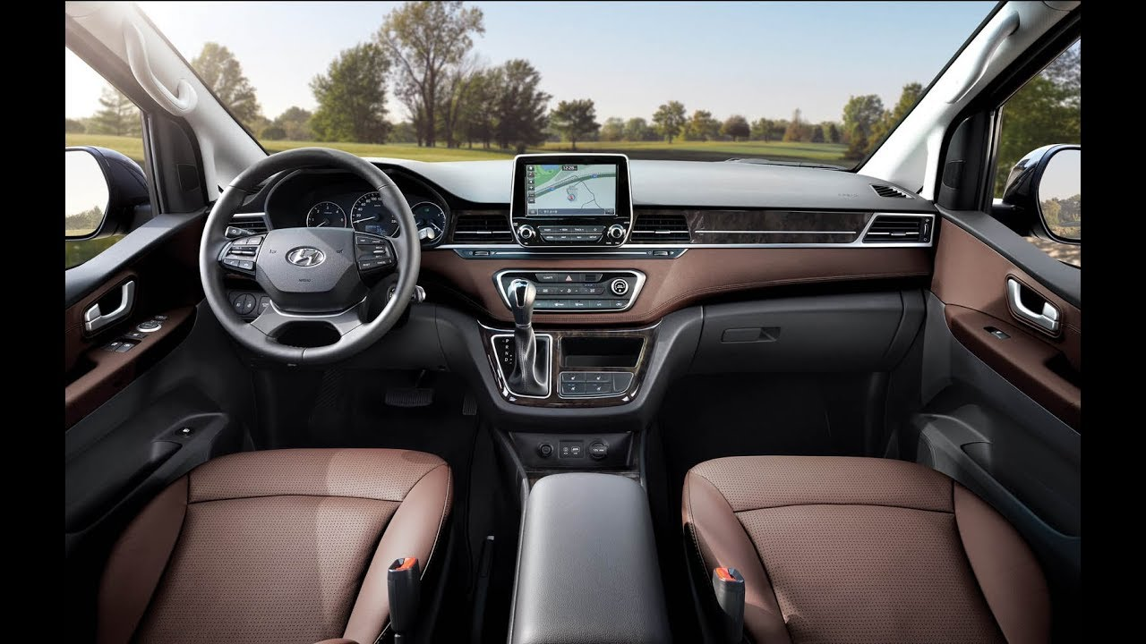 2018 Welcomes Hyundai S Facelifted Grand Starex 12 Seater Minivan