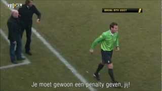 Voetbal International - Hans Kraay jr. Rode Kaart