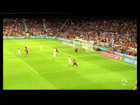 Trofeo Joan Gamper : Fc Barcelona vs Fc Santos  (2-0)  Leo Bastos (CSC)