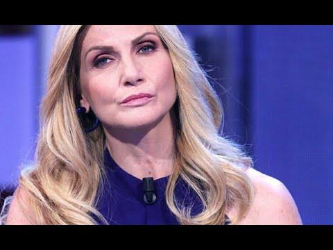 Lorella Cuccarini, gossip clamoroso: beccata con un uomo misterioso