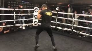 SCOTT QUIGG *FULL & OFFICIAL* PUBLIC WORKOUT AHEAD OF HIS RETURN / BOSTON / ANDRADE v KAUTONDOKWA