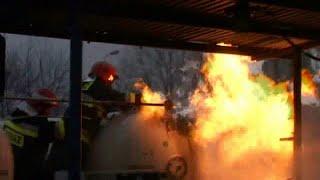 Pożar na stacji LPG - odważna interwencja straży pożarnej -jakość 480p