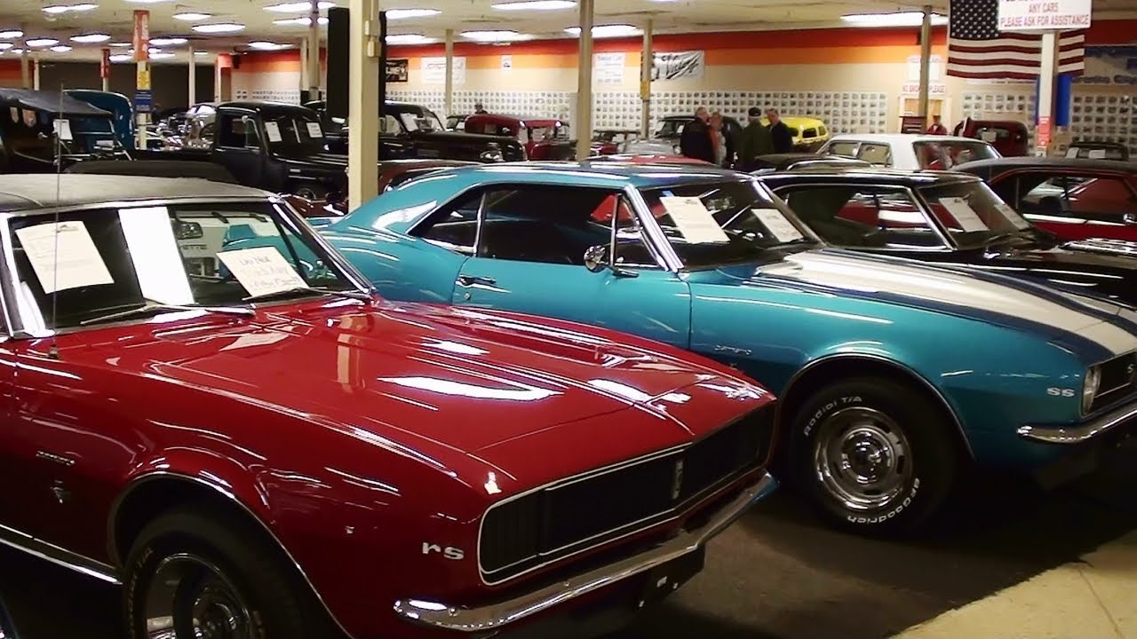 Showroom Tour Gateway Classic Cars - YouTube