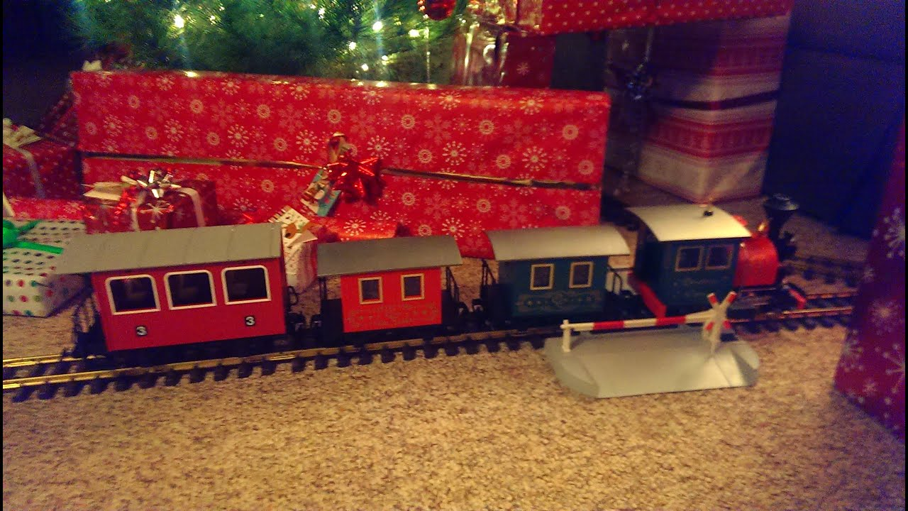 Big Boy's Toys: Model Trains Around The Christmas Tree ...