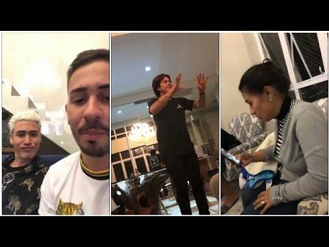 Carlinhos Maia joga na casa de Whindersson e Kevinho
