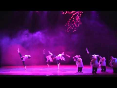 古典舞身韵组合《风中月》