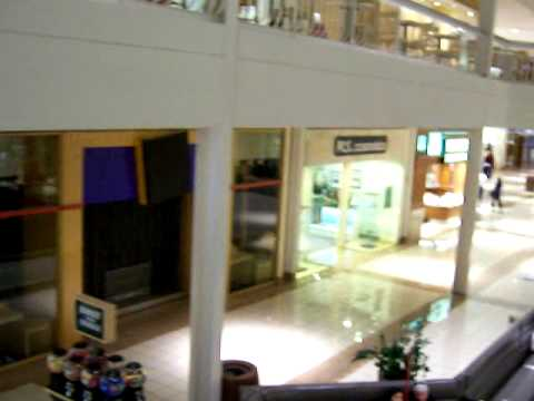 3G Switchable Film Advertising on Storefront Windows -- 3G投影调光膜橱窗做广告