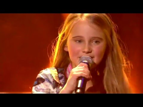 Josefien - 'Singing In The Rain' & 'Umbrella' | Finale | The Voice Kids | VTM