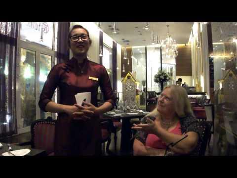 2014 11 29 Yen Vu Hotel de l Opera Hanoi