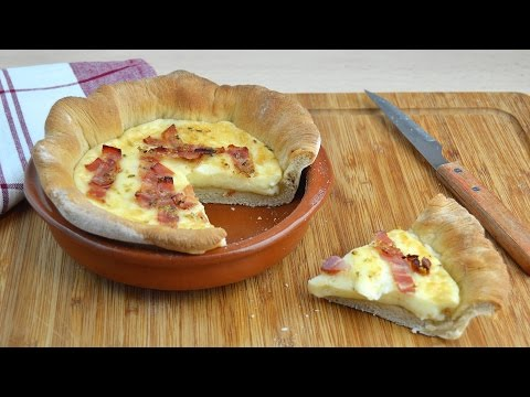 How to Make a Bacon & Provolone Cheese Pizza