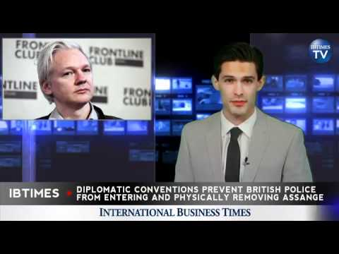 Assange Defies British Authorities, Remains in Ecuadorian Embassy