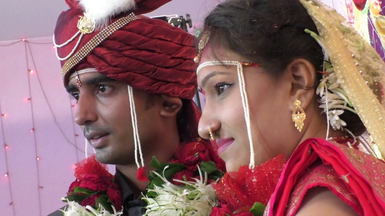Man Dhaga Dhaga , Marathi Wedding Song - YouTube