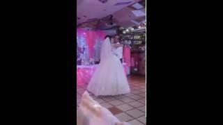 Свадебнный танец жениха и невесты