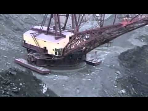 The Largest Walking Dragline Excavator in The World