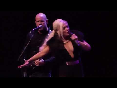 Berlin (Terri Nunn) - Matter Of Time (w/ David Diamond) (Saban Theater, Los Angeles CA 11/4/17)