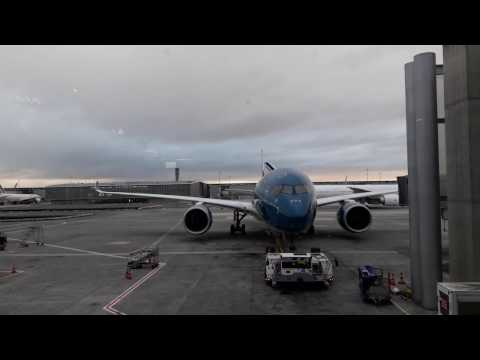 Airbus A350 XWB - Paris CDG ready to fly