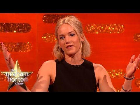 Jennifer Lawrence Doesnt Get Eddie Redmaynes Dirty Jokes - The Graham Norton Show