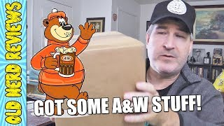 Un-Boxing Goodies From A&W Restaurants! 🤓🖖