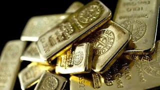 Gold May Slump to $800 on Market Fundamentals, Price Says