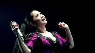 Cinta- Vina Panduwinata- With Lyrics