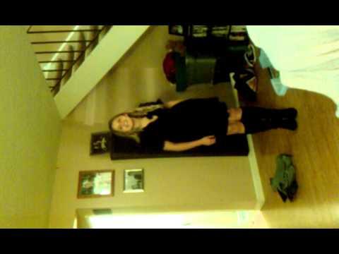 Hannah karaoke in living room