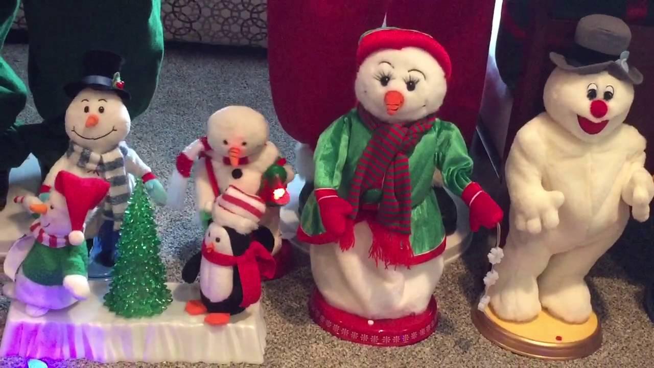 Singing Mr White Christmas - YouTube