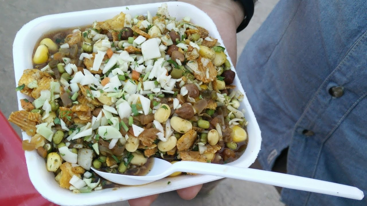 Delicious sprouts salad quick and easy indian street food youtube delicious sprouts salad quick and easy indian street food forumfinder Choice Image