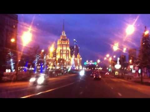 Нас встретила утренняя Москва - богатством красок!