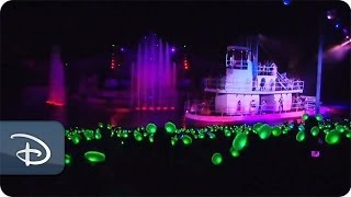 'Glow With The Show' Ears Brighten 'Fantasmic!' | Disney's Hollywood Studios
