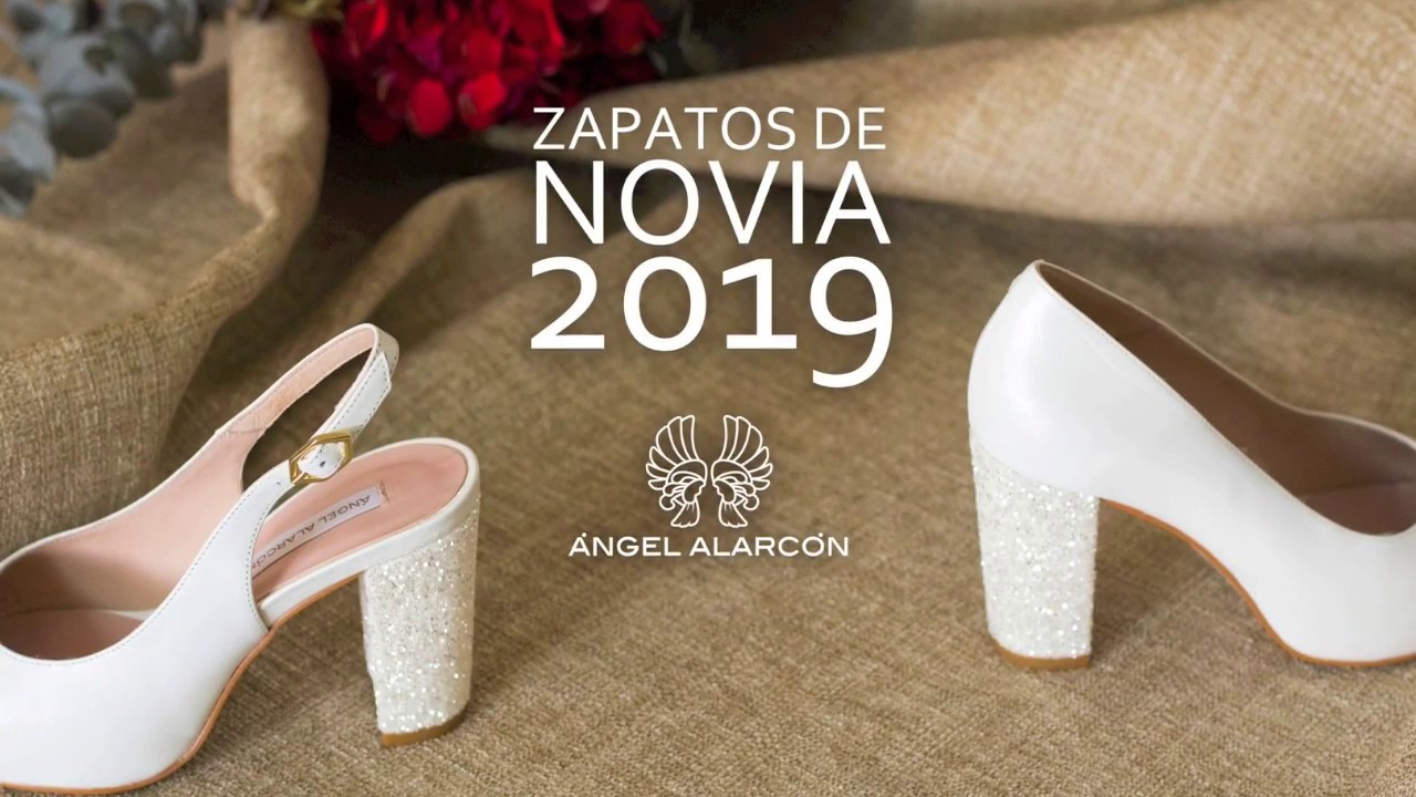 ae6efa25 Tendencias zapatos de novia 2019 - Angel Alarcón - Zapatos cómodos