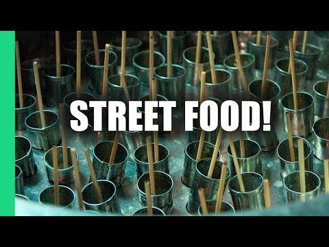 Tastiest Vietnamese STREET FOOD in Hoi An!