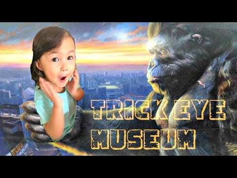 TRICK EYE MUSEUM - Amazing Art World Bandung Indonesia 3D FUN