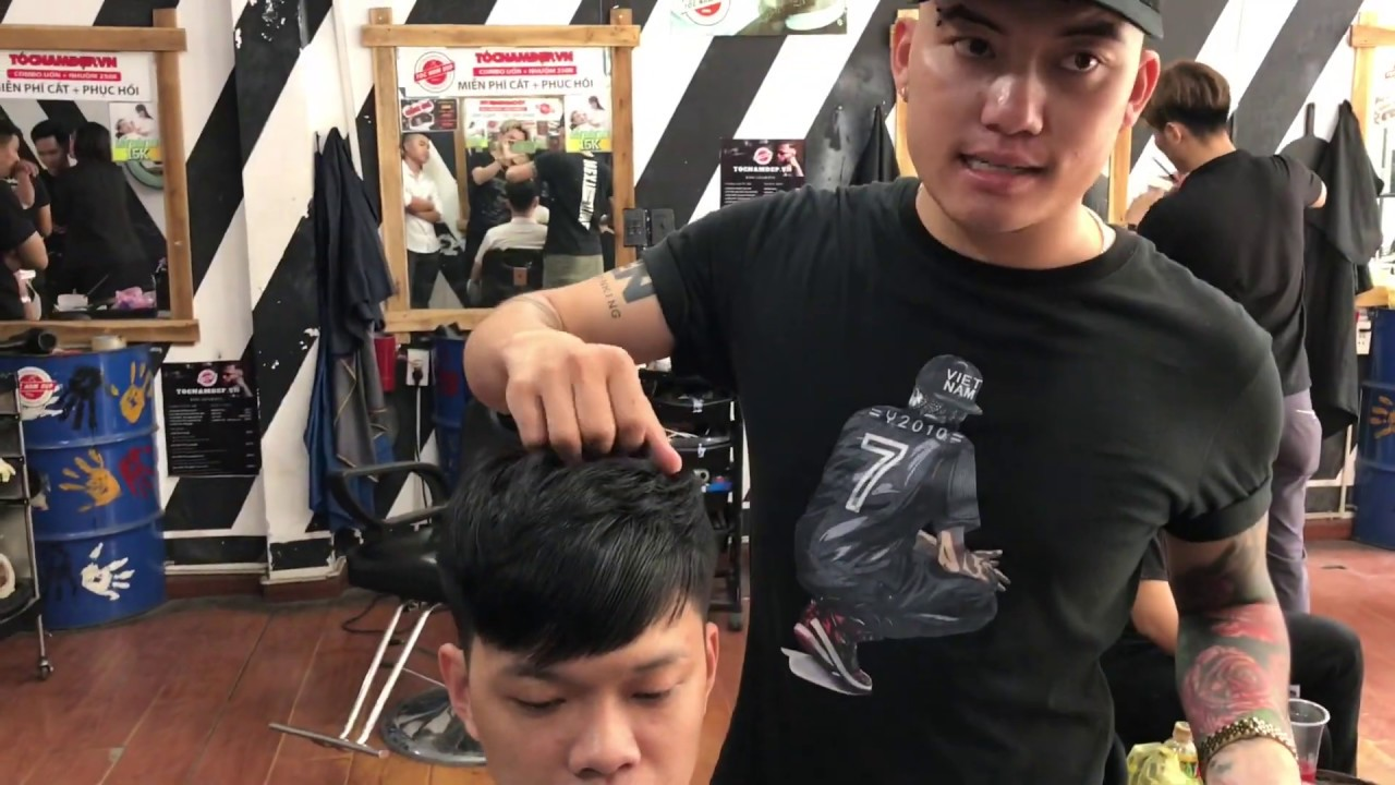 Kĩ thuật cắt kiểu layer mái chéo | Tổng hợp những thông tin nói về cách vuốt tóc mái xéo nam chi tiết nhất