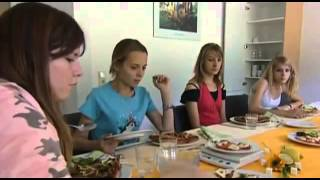 Freiwillig in den Hungertod Magersucht und ihre Folgen Doku über Magersucht Teil 2