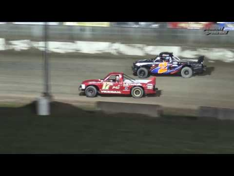 Fremont Speedway Dirt Truck Feature - 4/22/17