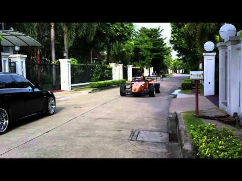 CEO กี่เพ้ง - F1 in thailand 2012