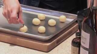 Food Network&#39s Alex Guarnaschelli makes Christmas cookies