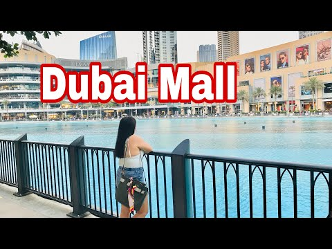 Dubai Mall / Burj  Khalifa / Dancing fountain – most tourist attraction in dubai. #BeberleVega