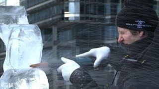 Esculturas de gelo encantam londrinos