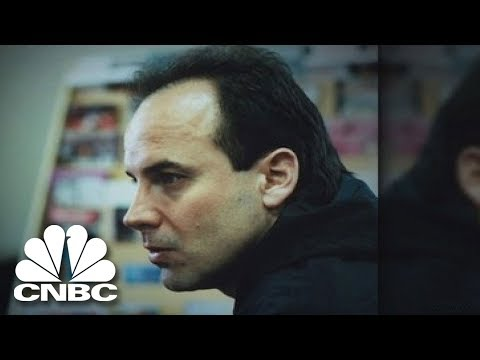 Mind Games: How Con Artists Hook Us | American Greed | CNBC Prime