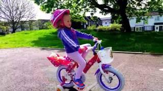Vlog Покупаем велосипед,учимся на нем ездить и играем на детской площадке