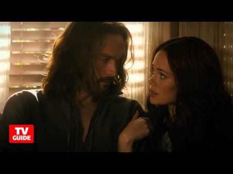 Sleepy Hollow stars debate Abbie vs. Katrina -- On the Set!