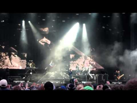 Linkin Park - Papercut LIVE @ Download 2011
