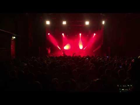Crack Ignaz - König der Alpen @ Arena Wien 15.12.2016